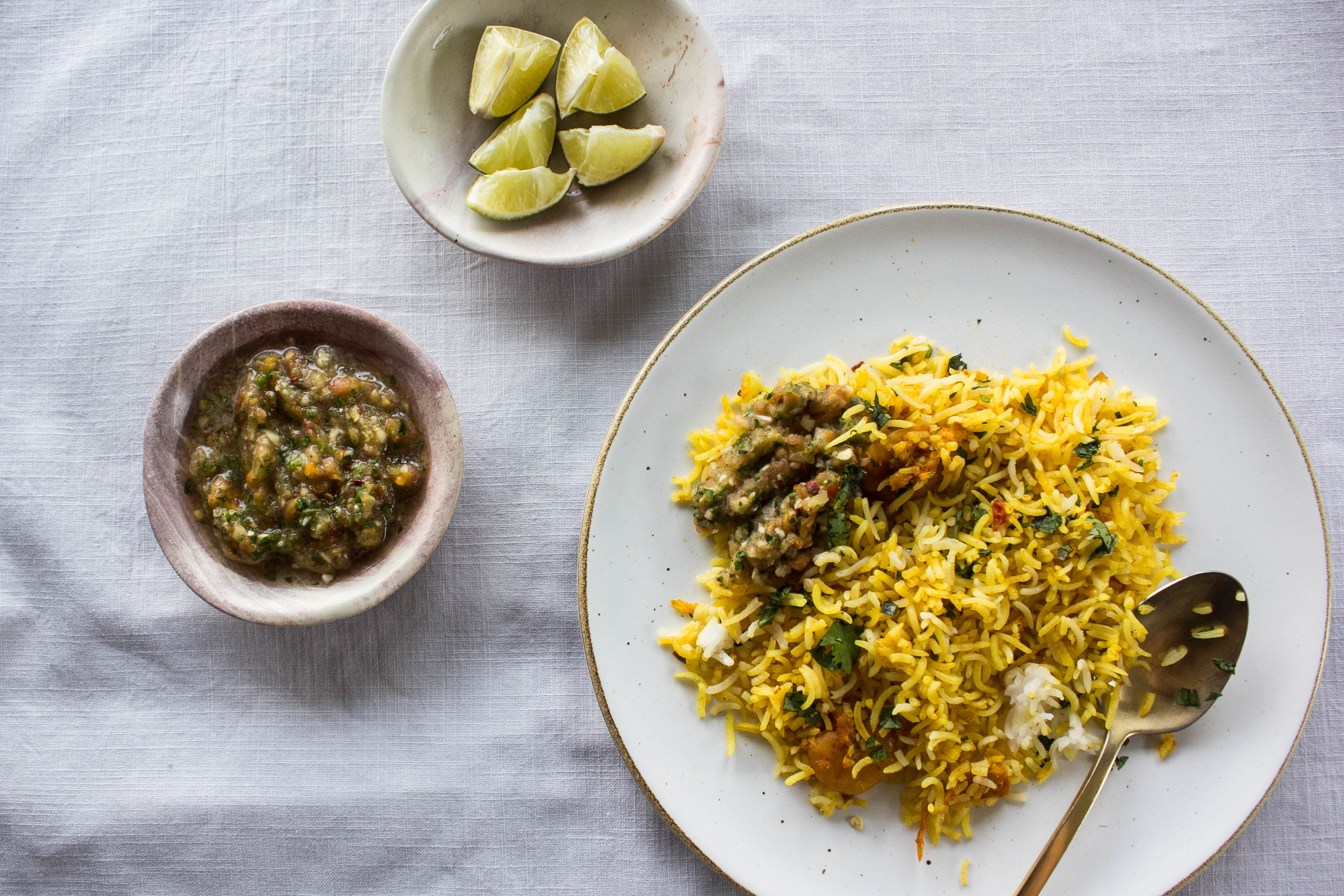 green-chutney-with-biryani